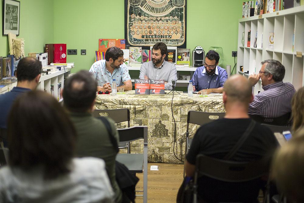 Presentación de 'Temporada de cizaña' en Librería Leo de Valencia. Foto: Marga Ferrer